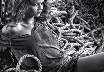 GIRL AND ROPES